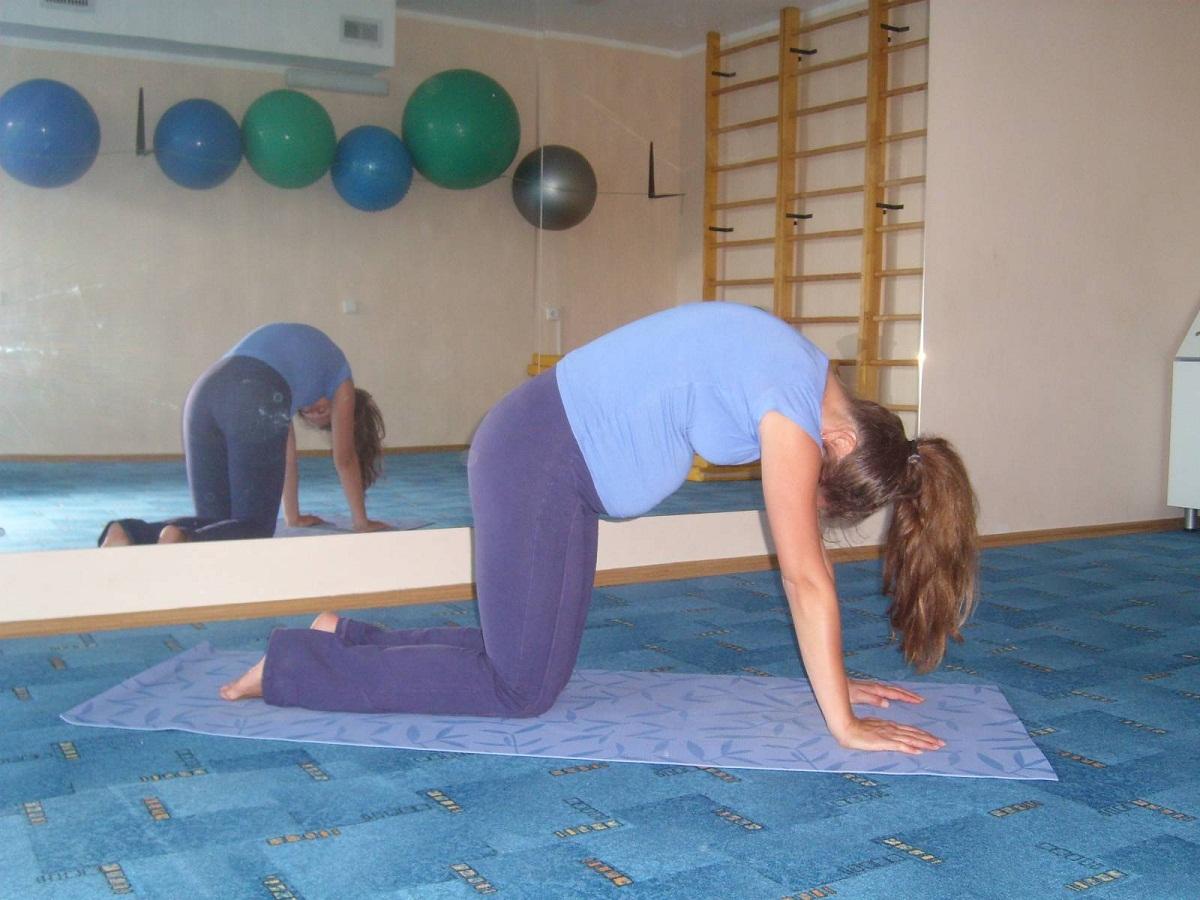 Гимнастика для беременных коленно-локтевая 90