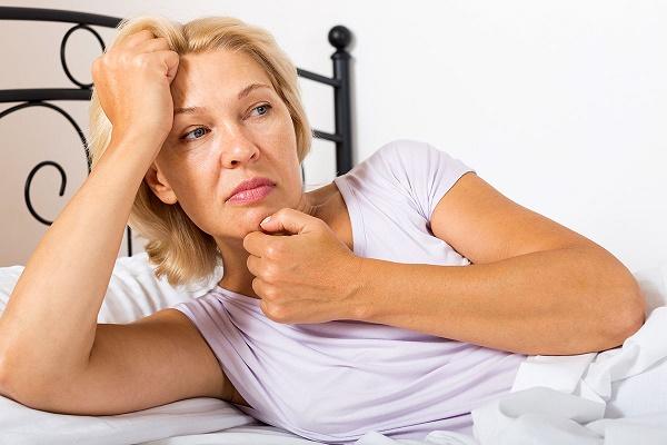 hur mycket svettas man under natten
