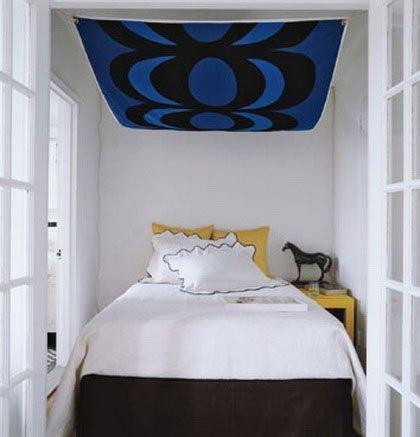 5 Möglichkeiten, Ein Bett In Ein Kleines Schlafzimmer Zu Stellen: